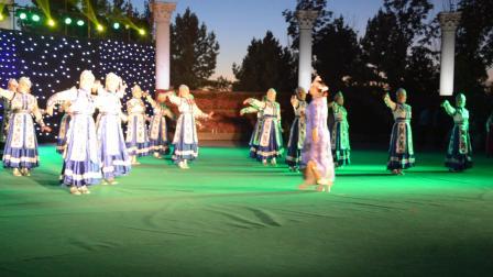 梦飞鱼健身舞队2016.8.26望奎县首届文化艺术节伴舞-蓝色的蒙古高原