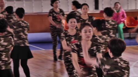 梦飞鱼健身舞队2017水兵舞