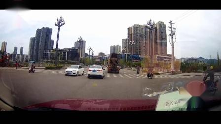 交通事故合集中国国内20200401行车记录仪监控实拍最新交通事故车祸瞬间现场视频集锦