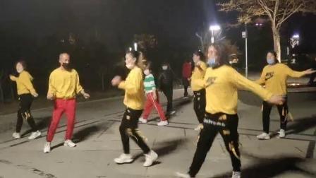 马桥公园曳步舞表演;金晓清等