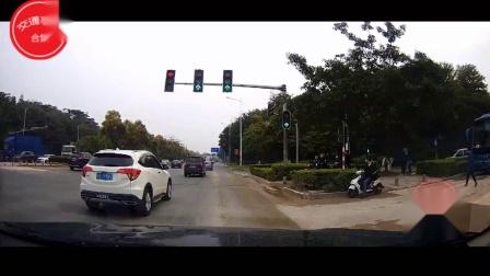 交通事故合集中国国内20200402行车记录仪监控实拍最新交通事故车祸瞬间现场视频集锦