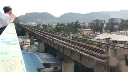 (广茂线火车视频)DF11 0009 DF11 0014牵引广铁督导车全速通过肇庆西江大桥(57150)