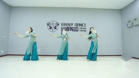 艺海安娜舞蹈肚皮舞【芒种】.mp4