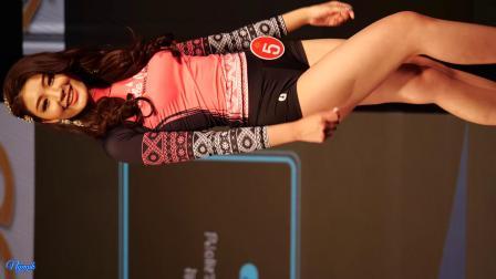 超高清4k,60fps 韩国美女性感泳装走秀,视频横着更好看