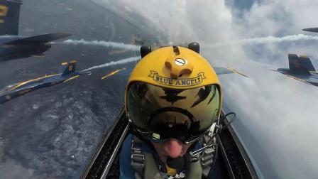 蓝色天使飞行表演队飞越杜鲁门号航母打击群