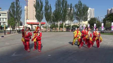 大象广场舞蹈队一套腰鼓