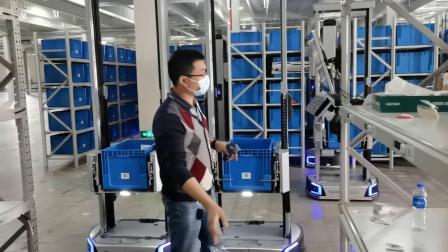 极智嘉货箱到人机器人