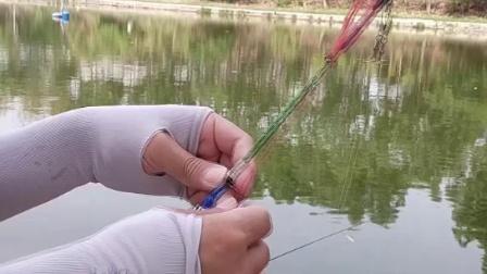 带诱鱼灯的自动钓鱼器如何使用说明+实战-2
