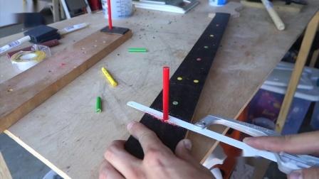 蜡笔除了能画画还能做成吉他?老外神级操作,网友:得值多少钱