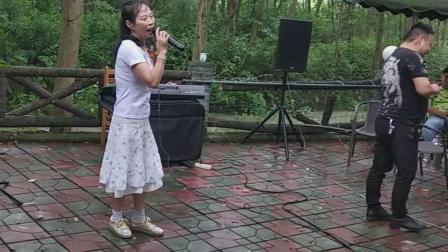 闽南语歌曲 爱情一阵风 现场伴奏VID_20200620_105934