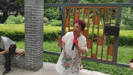 李月层演唱蒲剧《秦香莲》