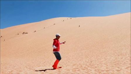 在沙漠里跳舞 帅shai爆了