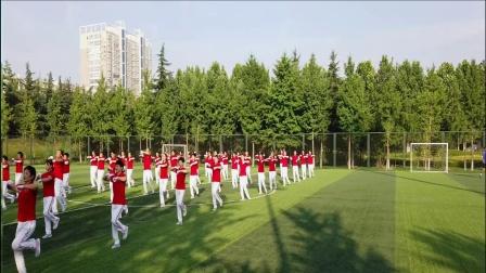 第十八套齐之韵快乐舞步健身操   第四节   扩胸运动(一生回味一面)
