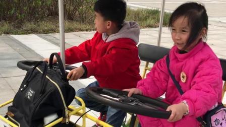 202004和妹妹骑车