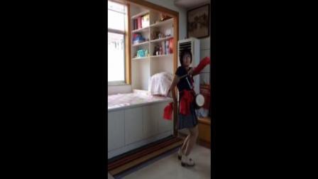 灵儿《东方红》广场舞