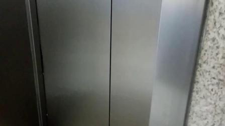 济南站无障碍电梯新安的 1-2