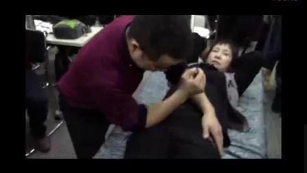 张一圣治疗腰腿疼痛手法实操演示教学视频合集_标清
