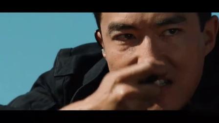 狙击手远程射击,却打中了他的救命恩人,但有些人你是不能动的