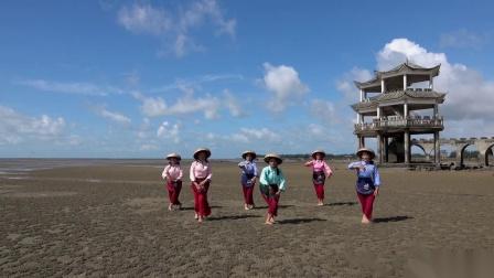 《渔家姑娘在海边》