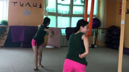 老师帮助改编的舞蹈