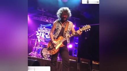 Gibson电吉他装Apex椭圆缠绕琴弦加过载 贼给力