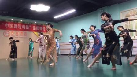 旗袍舞《花样年华》——秦园艺术团 (金刚舞蹈原创)