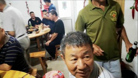 2020年7月31日山里战友相聚毛香院视频