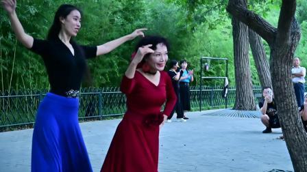 紫竹院杜老师舞蹈队《争第一》杜老师 睿睿822-2371