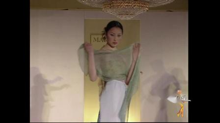 2000年马丽亚古琦丝巾展示