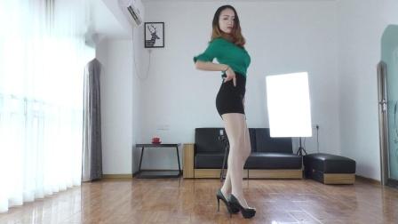 761C舞蹈 美女舞蹈 自拍舞蹈 跳舞,更多完整版舞蹈请看简介