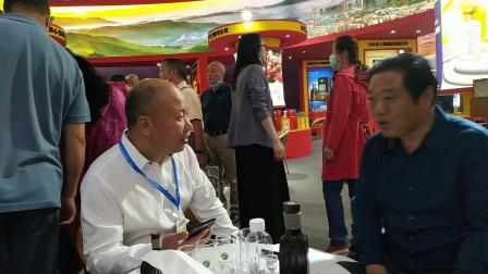在第十届中国(贵州)国际酒类博览会看家乡的习酒 随拍