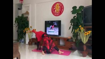 a舞韵瑜伽:芳芳自创《枉凝眉》正面示范