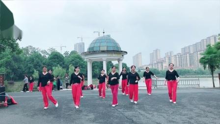 美景广场舞〈感觉自己萌萌哒〉