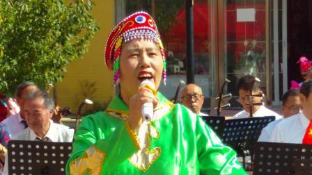 王秀娟演唱的《蓝色的蒙古高原》