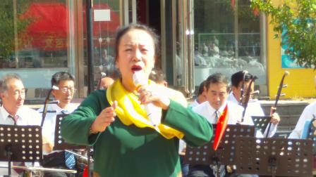 郭文英演唱的《嫂子颂》