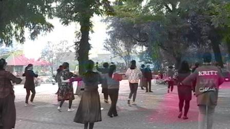 秦皇岛汤河公园广场舞3