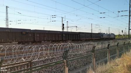 HXD21539牵引集装箱(中国铁路)大列通过古营盘站