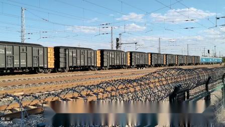 双机HXD1(1172+1183)牵引万吨大列通过古营盘站