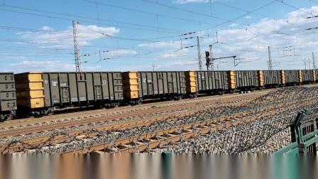 双机HXD1(1190+1179)牵引万吨大列通过古营盘站