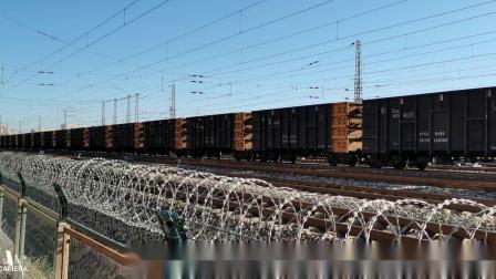 双机HXD1(1645+1638)牵引万吨大列通过古营盘站