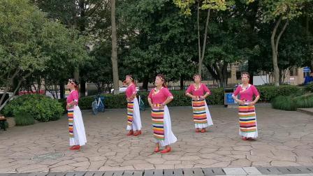 广场舞《爱在思金拉措》 - 温州黎姿健身队