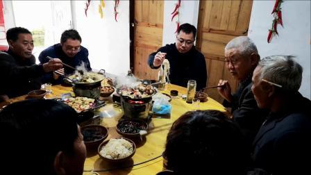 陈宪法夫妇与刘荣跃佳节探望徐建刚
