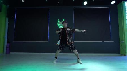 【龙舞天团】kenky老师编舞《focus》
