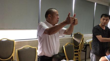 罗氏正骨—颈胸椎手法22.MOV