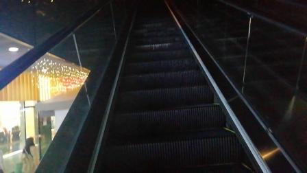 钱江新城自动扶梯B1到1