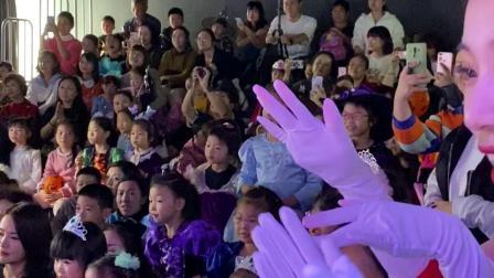 【成都舞也舞蹈】万圣节狂欢舞会 原来无脸男舞跳的这么好!