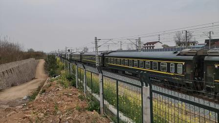 20200322 141407 三车交汇!西成高铁D1702次列车同向超越阳安线K768次