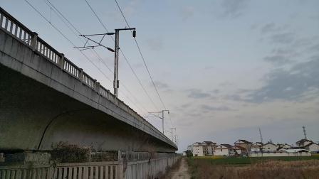 20200323 185232 西成高铁G2231次列车进汉中站