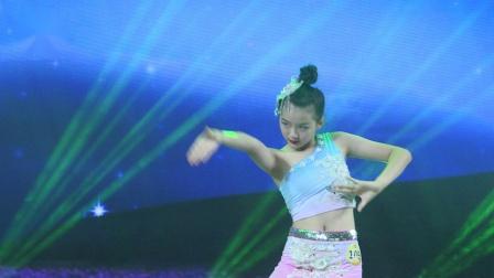 109、魏绮绚 独舞《月之花语》星耀杯全国校园舞蹈展演