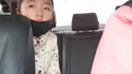 孟小筱:上学路上20201102
